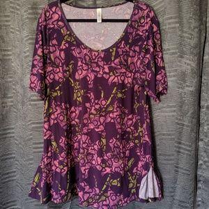 Lularoe XL purple & pink floral swing-hem tee